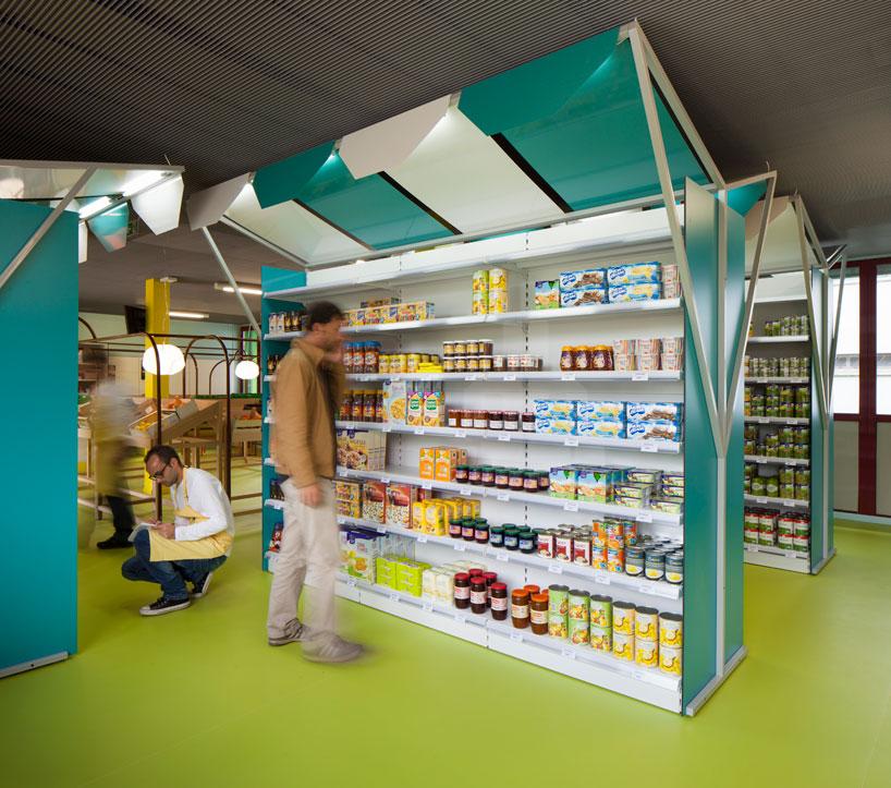 matali-crasset-praline-mini-m-grocery-shop-designboom-05