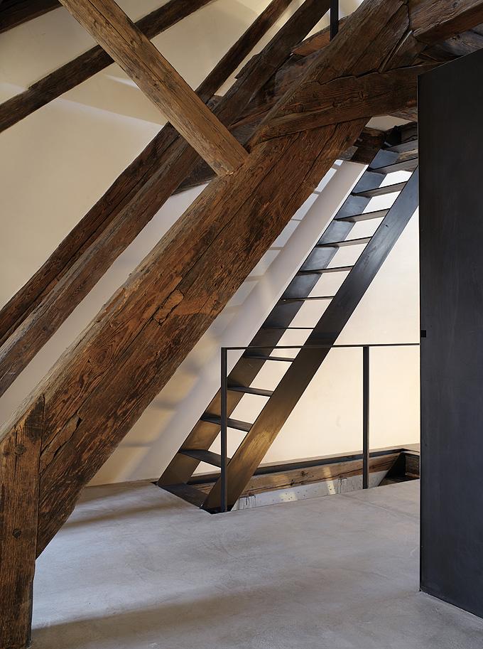 Flodeau.com-Vorstadt-14-Building-by-Roger-Stussi-034