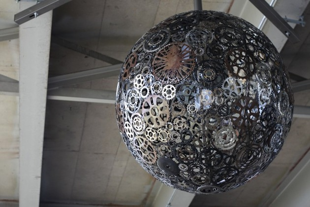 Recycled-Bike-Parts-Create-Stunning-4-Foot-Chandeliers-8