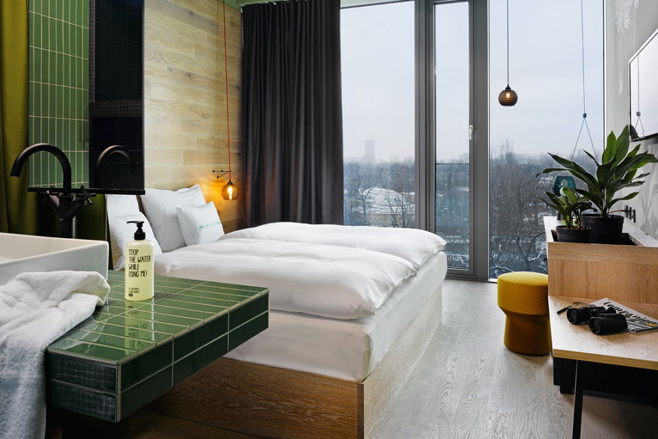 checkin hotel bikini berlin the vandallist. Black Bedroom Furniture Sets. Home Design Ideas