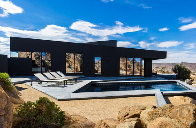 The-Black-Desert-House-by-Marc-Atlan-and-Oller-Pejic-05
