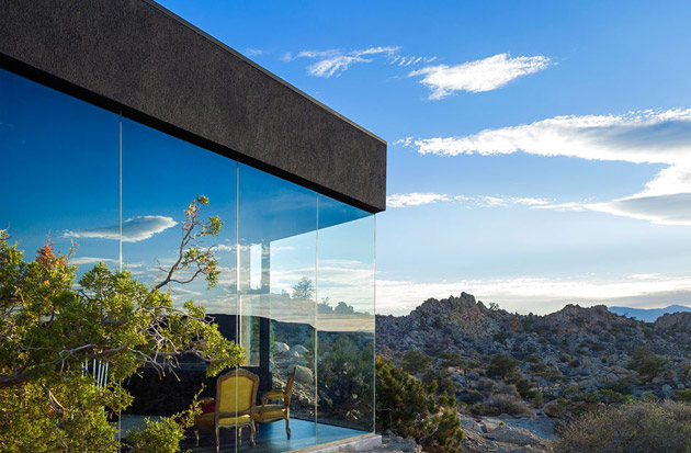 The-Black-Desert-House-by-Marc-Atlan-and-Oller-Pejic-14