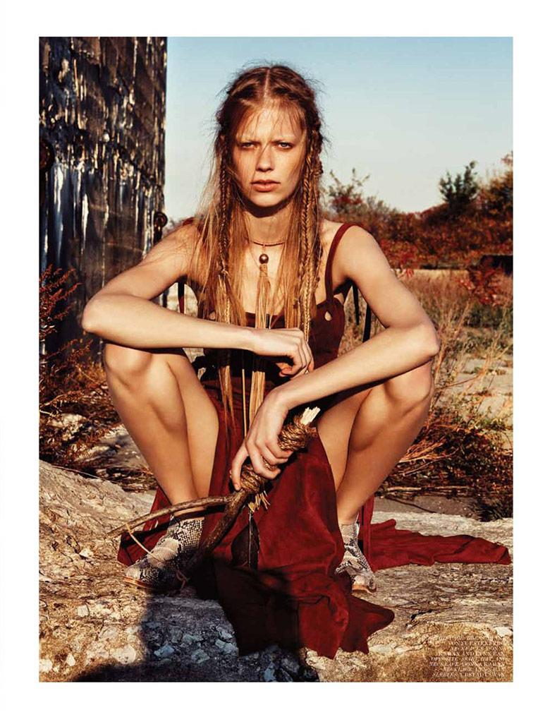 editorial_2013_dec_jan_interview_magazine_models_devon_windsor_lexi_boling_ala_rudnicka_photo_graig_mcdean_stylist_karl_temler_dec_05_02