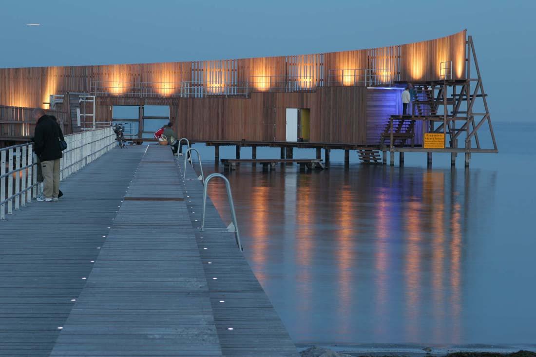 Contact US >> Kastrup Sea Bath