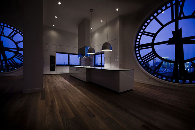 Clocktower-Penthouse-Apartment-in-Brooklyn-New-York-6