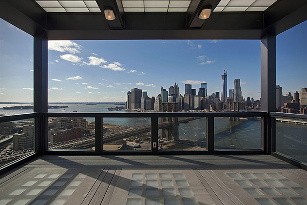 Clocktower-Penthouse-Apartment-in-Brooklyn-New-York-8