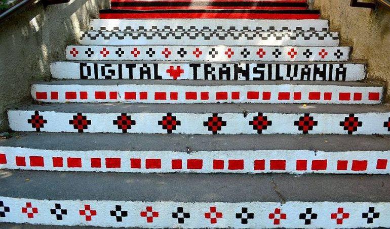 adelaparvu.com-despre-arta-urbana-in-Targu-Mures-Romania-Rakoczi-Stairs-in-Targu-Mures-City-Romania-2