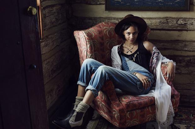 urban-outfitters-look-book-pre-autumn-fall-201427