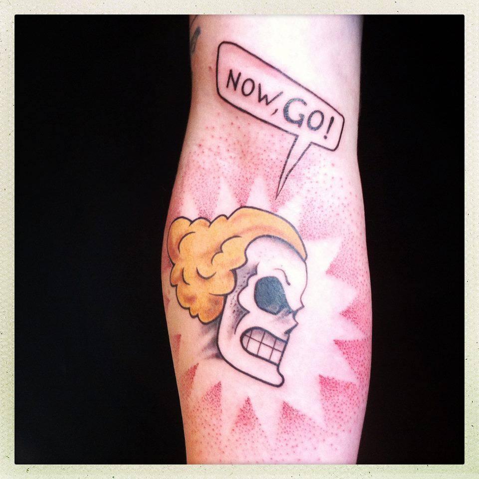 About Us Icon >> L'Oiseau, tattoo artist
