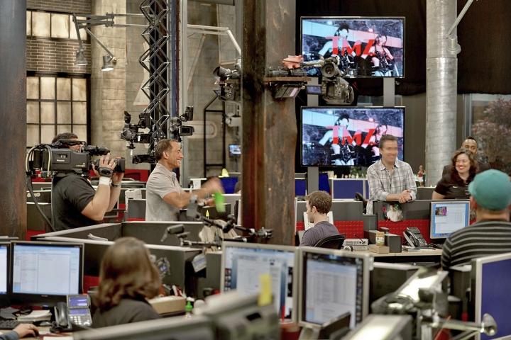 TMZ-newsroom-by-Rapt-Studio-Los-Angeles-California-05