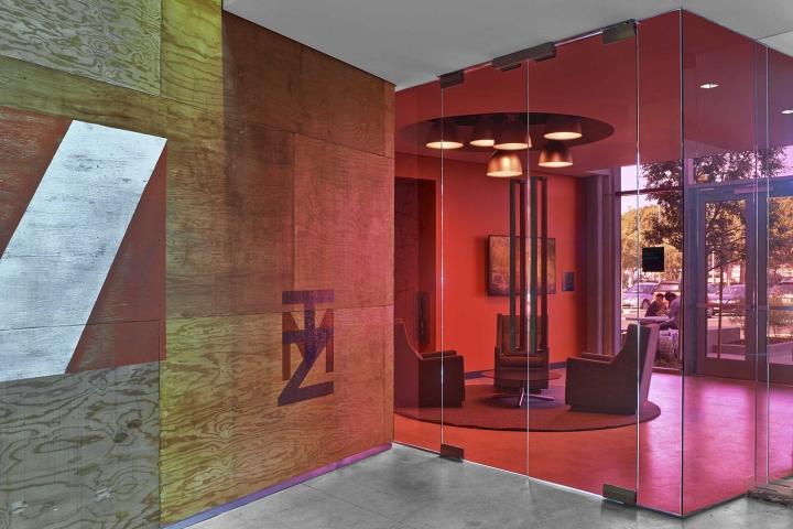 TMZ-newsroom-by-Rapt-Studio-Los-Angeles-California-07