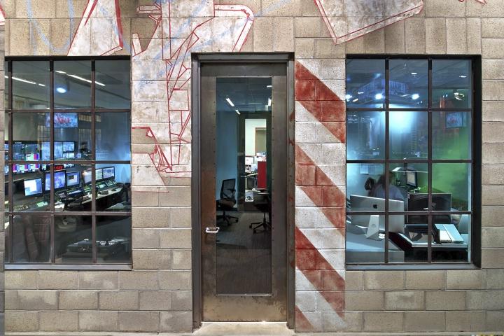 TMZ-newsroom-by-Rapt-Studio-Los-Angeles-California-10