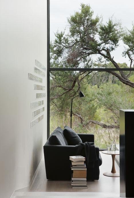 dezeen_Ridge-Road-Residence-by-Studio-Four_8a