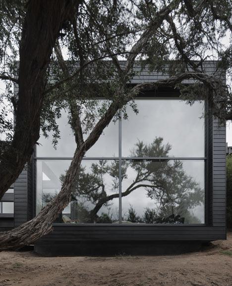 dezeen_Ridge-Road-Residence-by-Studio-Four_d