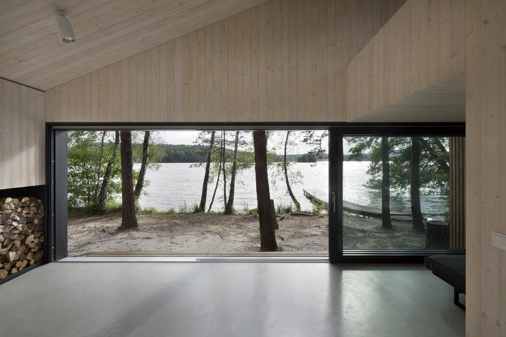 540670d7c07a801b0400003a_lake-cabin-fam-architekti-feilden-mawson__w0a0151_f