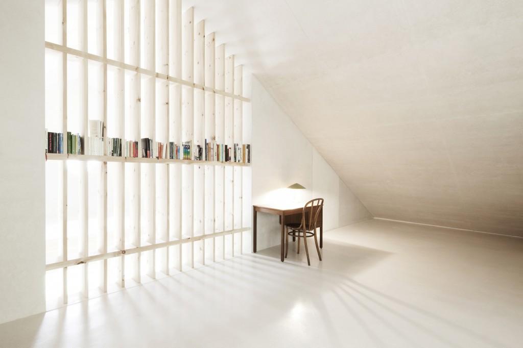 5406c4fdc07a801b0400015b_alpine-cabins-pedevilla-architekten_009_pliscia_13_willeit