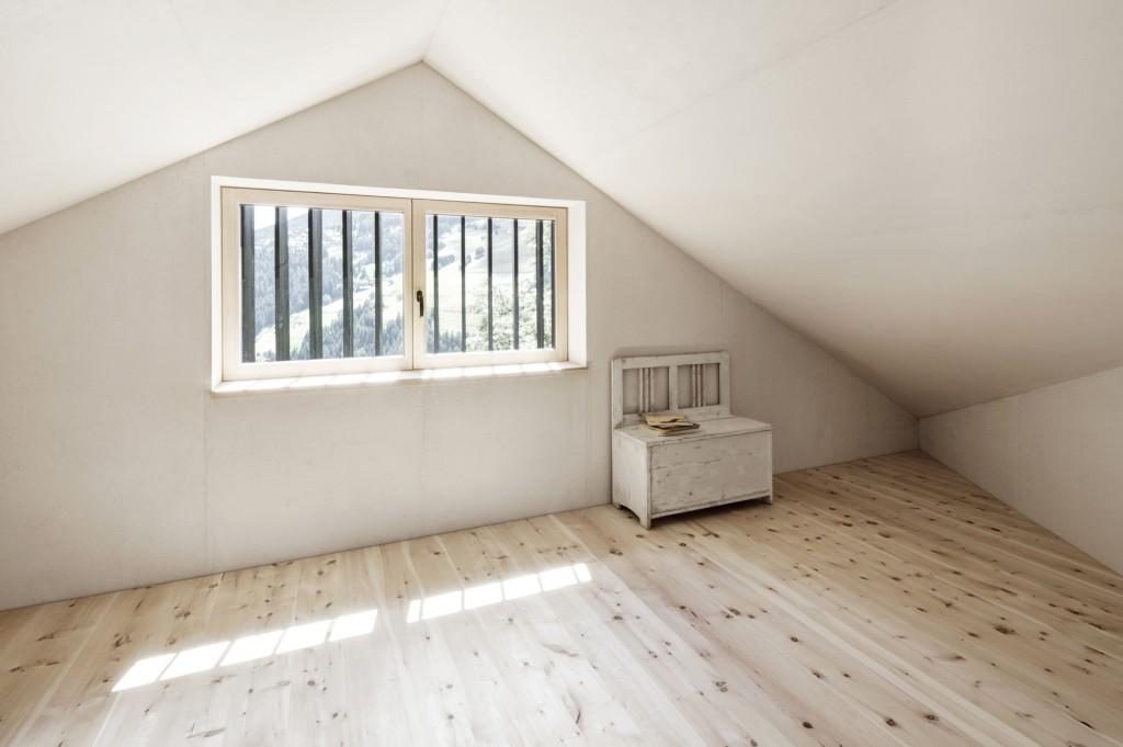 5406c58fc07a801b0400015d_alpine-cabins-pedevilla-architekten_015_pliscia_13_willeit