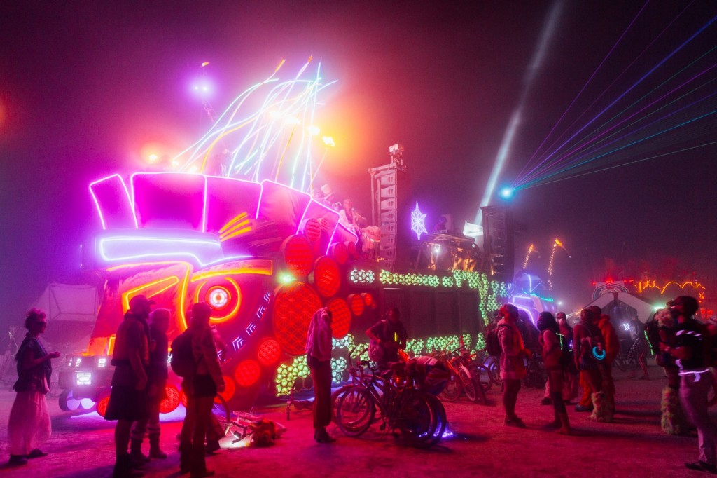 Burning_Man_2014_Galen_Oaks - 28