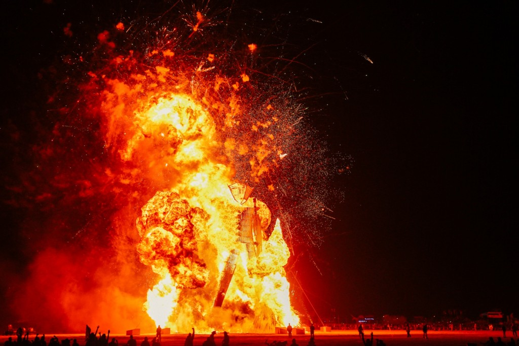 Burning_Man_2014_Galen_Oaks - 29