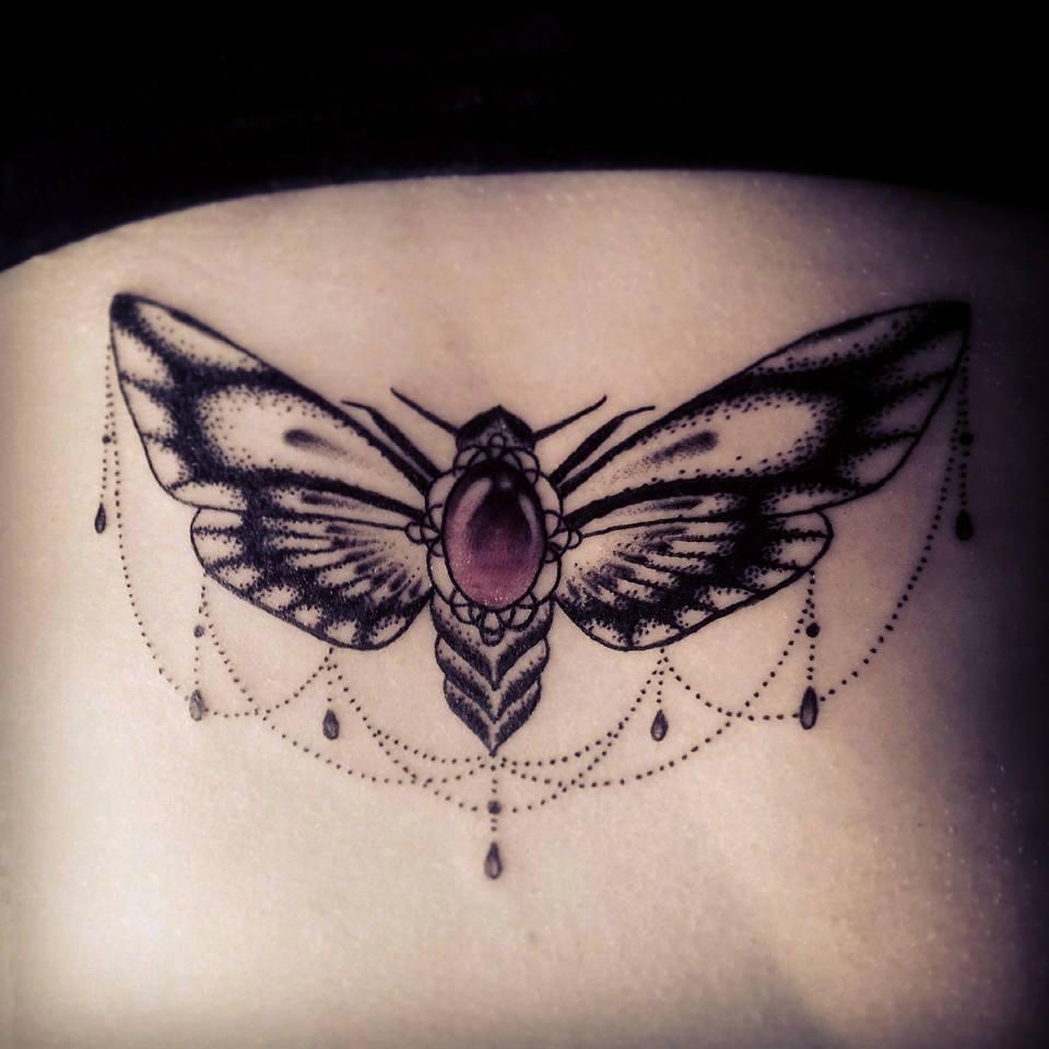 caro, tattoo artist (11)