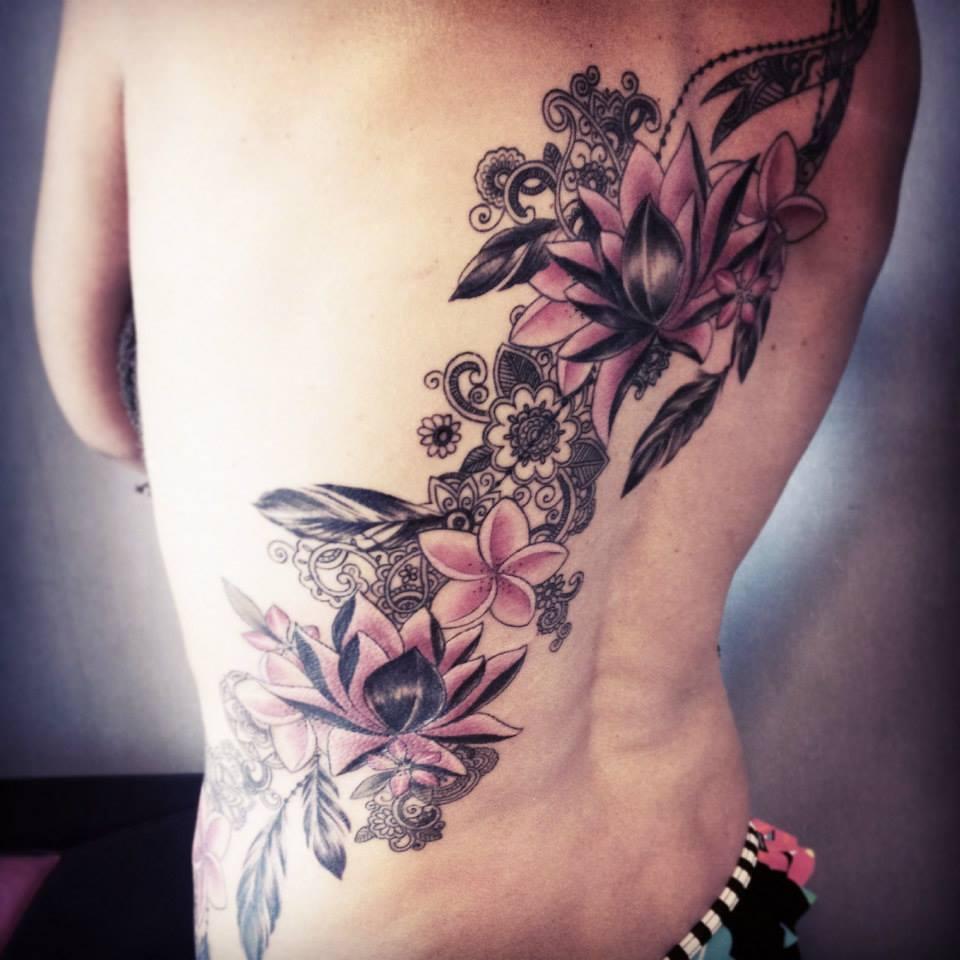 caro, tattoo artist (4)