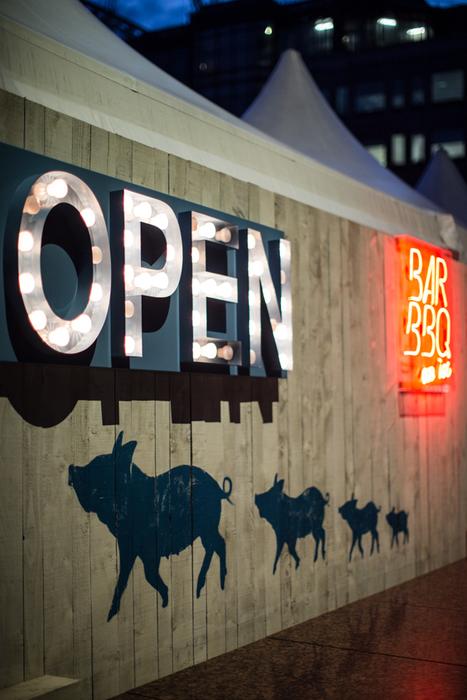 Bar BBQ on Ice, Broadgate