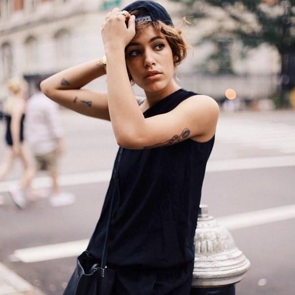 Style Icon Christina Caradona Vlist (14)